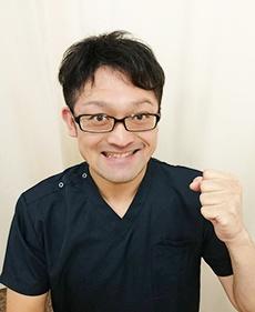 孫六利征先生の写真