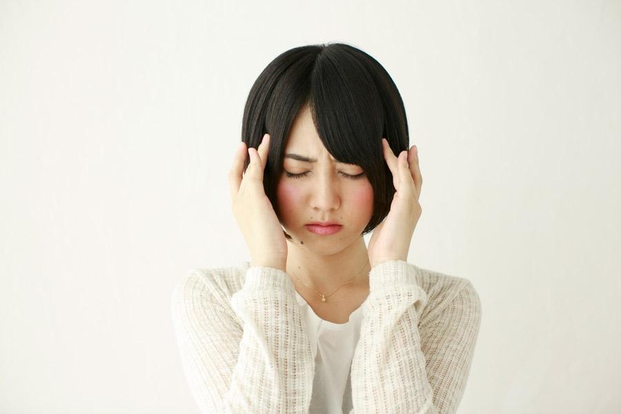 頭痛を引き起こす姿勢