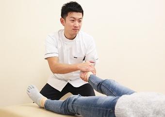 産後骨盤矯正の施術方法3
