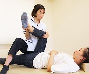 腰痛整体の画像